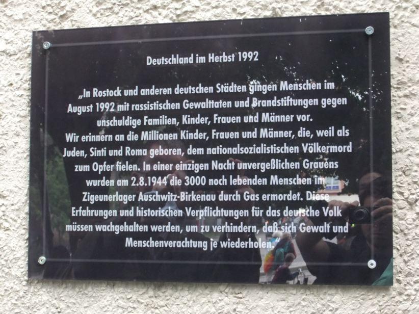 Gedenktafel Rostock-Lichtenhagen